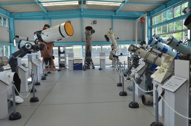 大型望遠鏡展示棟北面
