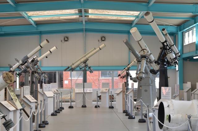 大型望遠鏡展示棟南面